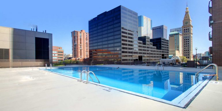 Amenity---Pool-and-Pool-Deck