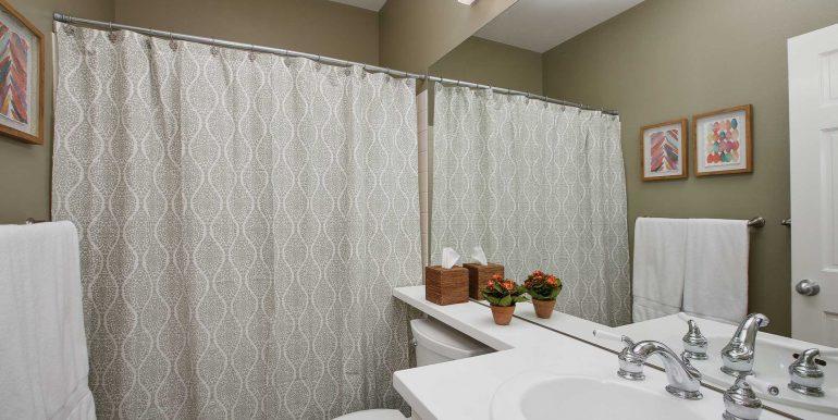 Main-Floor-Bathroom